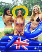 Michelle Jenneke and friends