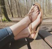 I think it's time do it again. Gf's black toes in sandals. Hot or not?