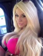 Praise the Lord, Courtney Stodden got her lips done.