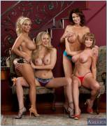 Holly Halston, Julia Ann, Deauxma, and Darla Crane