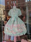 Seeing this dress on my city walk always throws me heavy into little space =)