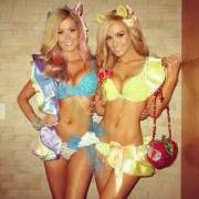 Rainbow Dash & Applejack (Ellie Gonsalves)