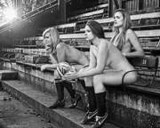 Oxford University's Women's Rugby Team Strip Naked For Charity