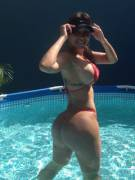 Big tits and a fat ass in the pool.