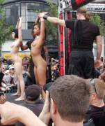 Publicly Displayed: Skin Diamond & Asphyxia Noir