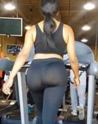 """It's not cool to gym with your mom,"" I told mom. ""That's why I always pick the treadmill behind you."" [GIF]"