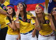Columbian Girls Blowing Kisses